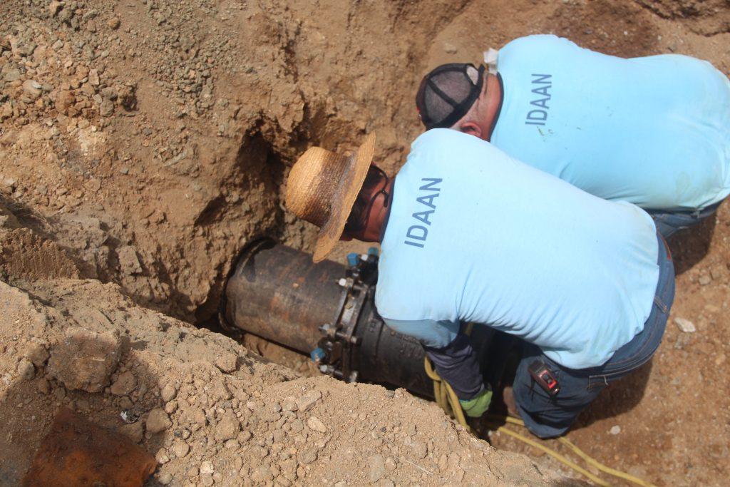 Puntos altos y alejados de la red en Panamá Norte contarán con agua potable de manera continua.