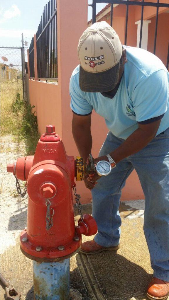 Proyecto de optimización de hidrantes en provincias centrales tiene un avance del 50%