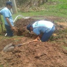 Continúan operativos de corte de agua potable en Los Santos.