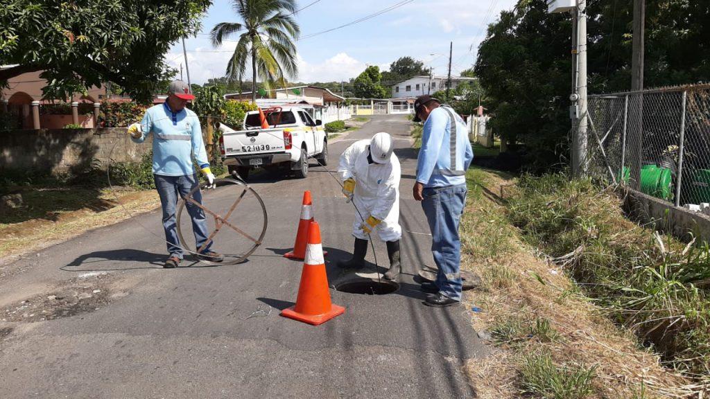 IDAAN en Coclé disminuye reportes por obstrucción del alcantarillado sanitario.