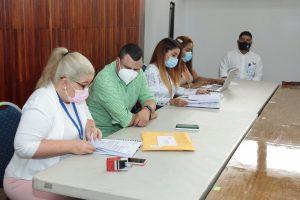 Acto de apertura de sobres para suministro de insumos a la planta de Chilibre y Bocas del Toro.